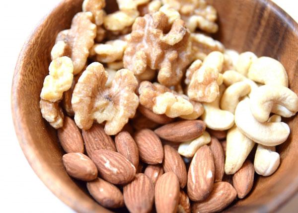 アルギニンの量が多いナッツ類